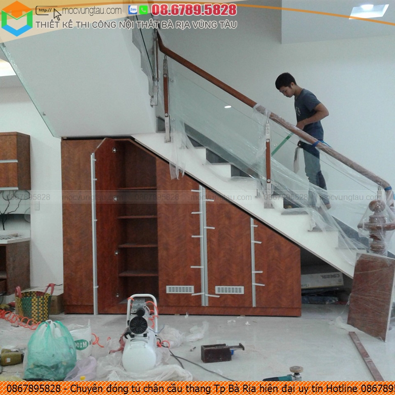 Chuyên đóng tủ chân cầu thang Tp Bà Rịa hiện đại uy tín Hotline 0867895828