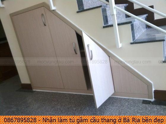 Nhận làm tủ gầm cầu thang ở Bà Rịa bền đẹp uy tín liên hệ Hotline 08-6789-5828