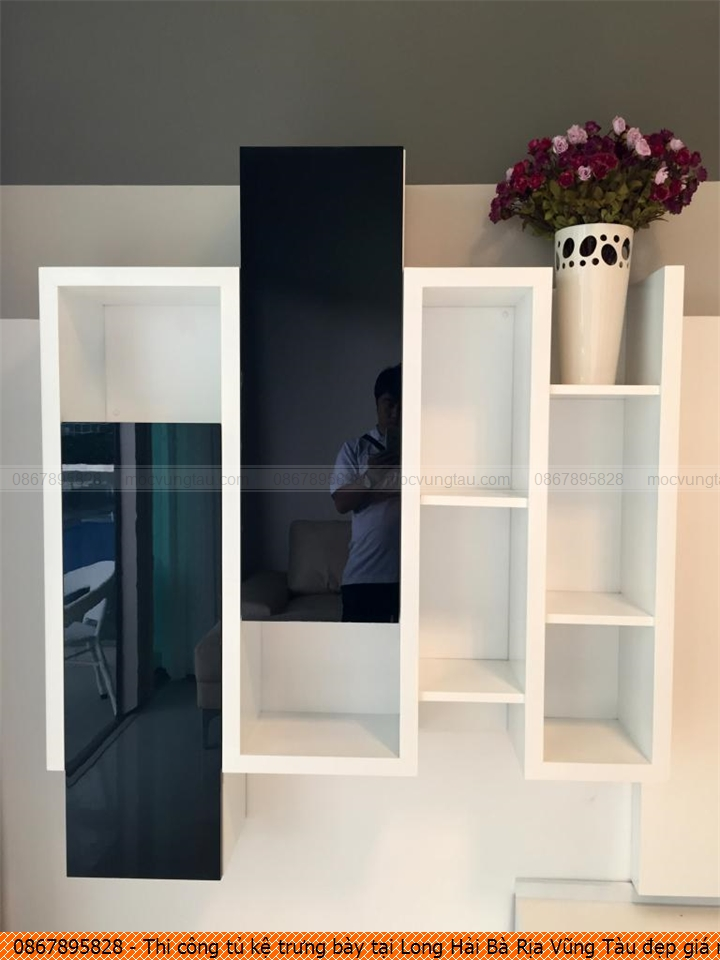 Thi công tủ kệ trưng bày tại Long Hải Bà Rịa Vũng Tàu đẹp giá rẻ chuyên nghiệp liên hệ SĐT 08.6789.5828